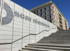 Best Western ARThotel - Le Havre - Building