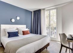 Hotel Courseine - Courbevoie - Schlafzimmer