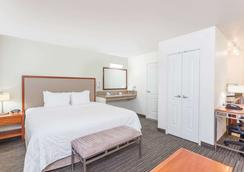 Hawthorn Suites by Wyndham Victorville - Victorville - Bedroom