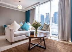 Jannah Place Dubai Marina - Dubai - Living room