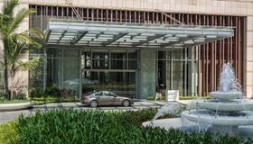 Shangri-La Hotel, Colombo - Colombo - Building