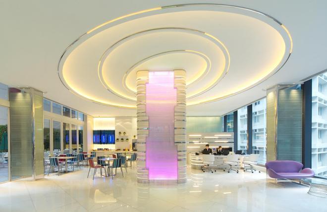 iclub Wan Chai Hotel - Hong Kong - Lobby