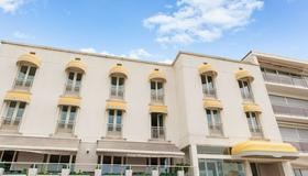 The Originals Boutique, Hôtel Miramar, Royan (Inter-Hotel) - Royan - Building