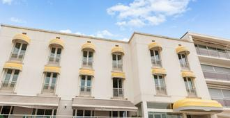 The Originals Boutique, Hôtel Miramar, Royan (Inter-Hotel) - Royan - Rakennus