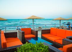 Regnum Hotel Baku - Sumqayit - Balcony