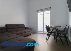 Apartamentos Bello Tenerife - Santa Cruz de Tenerife - Living room