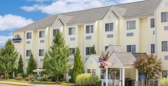 Microtel Inn & Suites by Wyndham Beckley East - Beckley