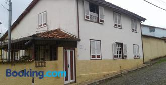 Pousada Dona Denis - Ouro Preto - Edificio