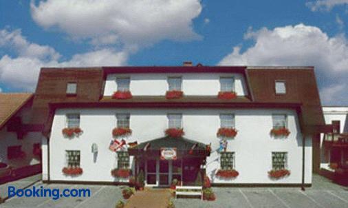 Hotel Pelikan - Marienbad - Gebäude