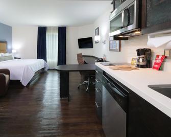 Candlewood Suites Celaya - Celaya - Bedroom