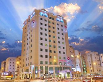 Best Western PLUS Salmiya - Salmiya - Building