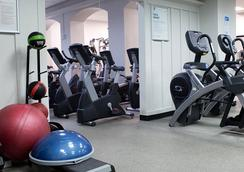 Green Point Ymca - Brooklyn - Gym