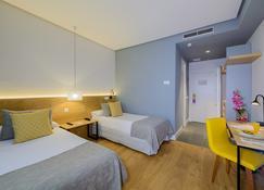 Hotel Aida - Torrejón de Ardoz - Camera da letto