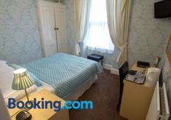 The Clovelly - Llandudno - Bedroom