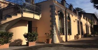 Hotel Ristorante Villa Icidia - Frascati - Edificio