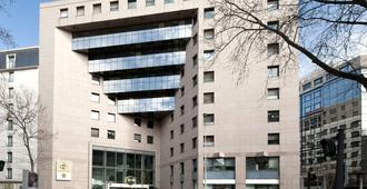 B&B Hotel Lyon Centre Part-Dieu Gambetta - Lyon - Byggnad