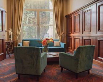Best Western Hotel Hermitage - Montreuil - Living room