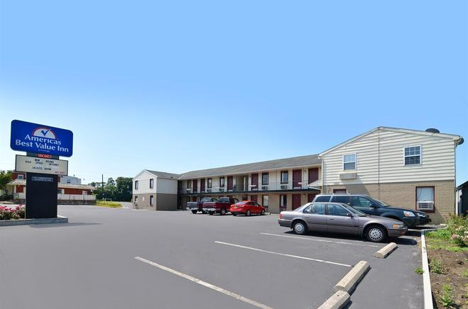 Americas Best Value Inn Lancaster - Lancaster - Building