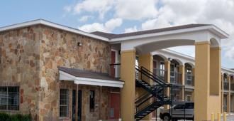 Super 8 San Antonio Northeast - San Antonio - Gebäude