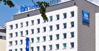 Ibis Budget Warszawa Reduta - Warschau - Gebäude