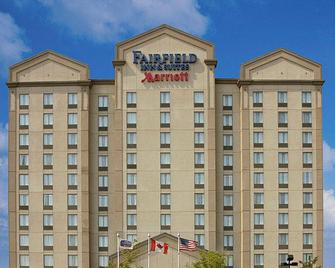 Fairfield Inn and Suites by Marriott Toronto Airport - Mississauga - Building