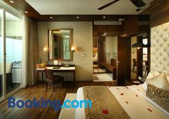 Blanket Hotel and Spa - Munnar - Phòng ngủ