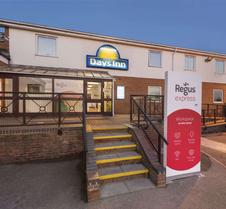 Days Inn by Wyndham Watford Gap