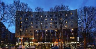 جينيرايتور باريس - باريس - مبنى