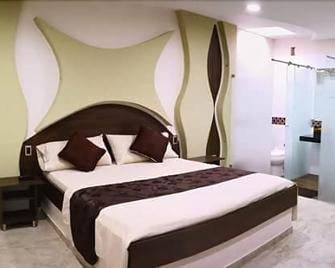 Hotel Diamante Real Cienaga - Ciénaga - Habitación
