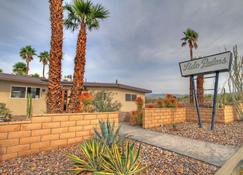 Lido Palms Resort & Spa - Desert Hot Springs - Widok na zewnątrz