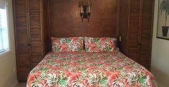 Pirates Pointe Resort - Ruskin - Schlafzimmer