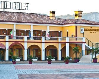 Hotel Eurocongressi - Cavaion Veronese - Building