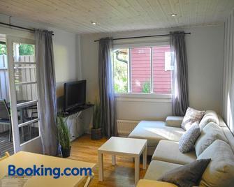 Ystad Holiday Houses - Ystad - Living room