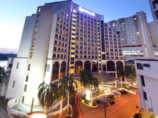 Grand Riverview Hotel - Kota Bharu - Building