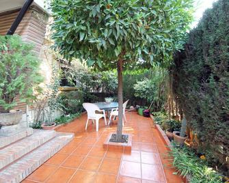 Villapaz - Granada - Patio