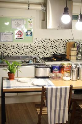 Culla Guesthouse - Seoul - Kitchen