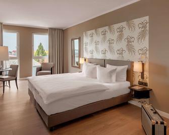 Hotel Villa Toskana - Leimen - Спальня