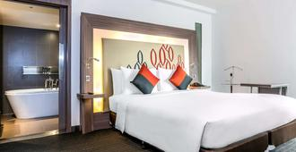 曼谷席隆諾富特飯店 - 曼谷 - 臥室