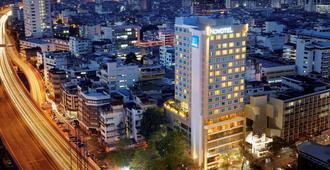 Novotel Bangkok Silom Road - Bangkok - Vista del exterior
