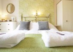 Sunrise Guest House - Bude - Yatak Odası