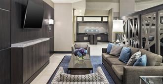 Sheraton Suites Galleria-Atlanta - Atlanta - Living room