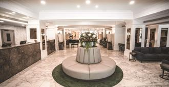 The Savoy Hotel On Little Collins Melbourne - Melbourne - Lobby