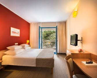 Valamar Koralj Hotel - Krk - Bedroom