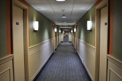 Fox Ridge Resort - North Conway - Hallway