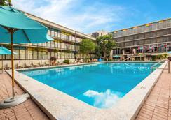Econo Lodge Winter Haven - Winter Haven - Pool