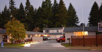 Amber Court Motel - Te Anau - Κτίριο