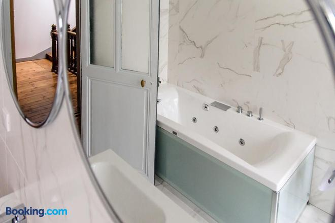 Chambre d'hôtes L'esprit du 8 - Rochefort - Bathroom