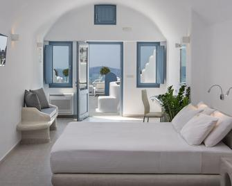 Pegasus Suites & Spa - Imerovigli - Bedroom