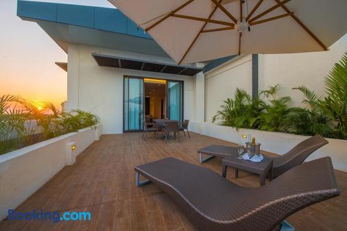 The Gateway Hotel Airport Garden Colombo - Gampaha - Balcony