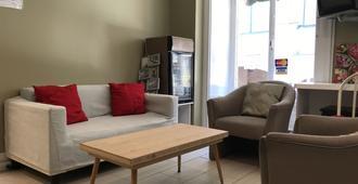 Auberge Saint-Louis - Québec City - Living room